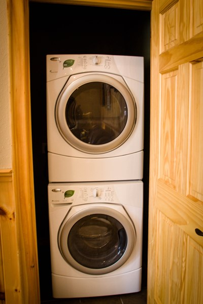 Washer/dryer in game room