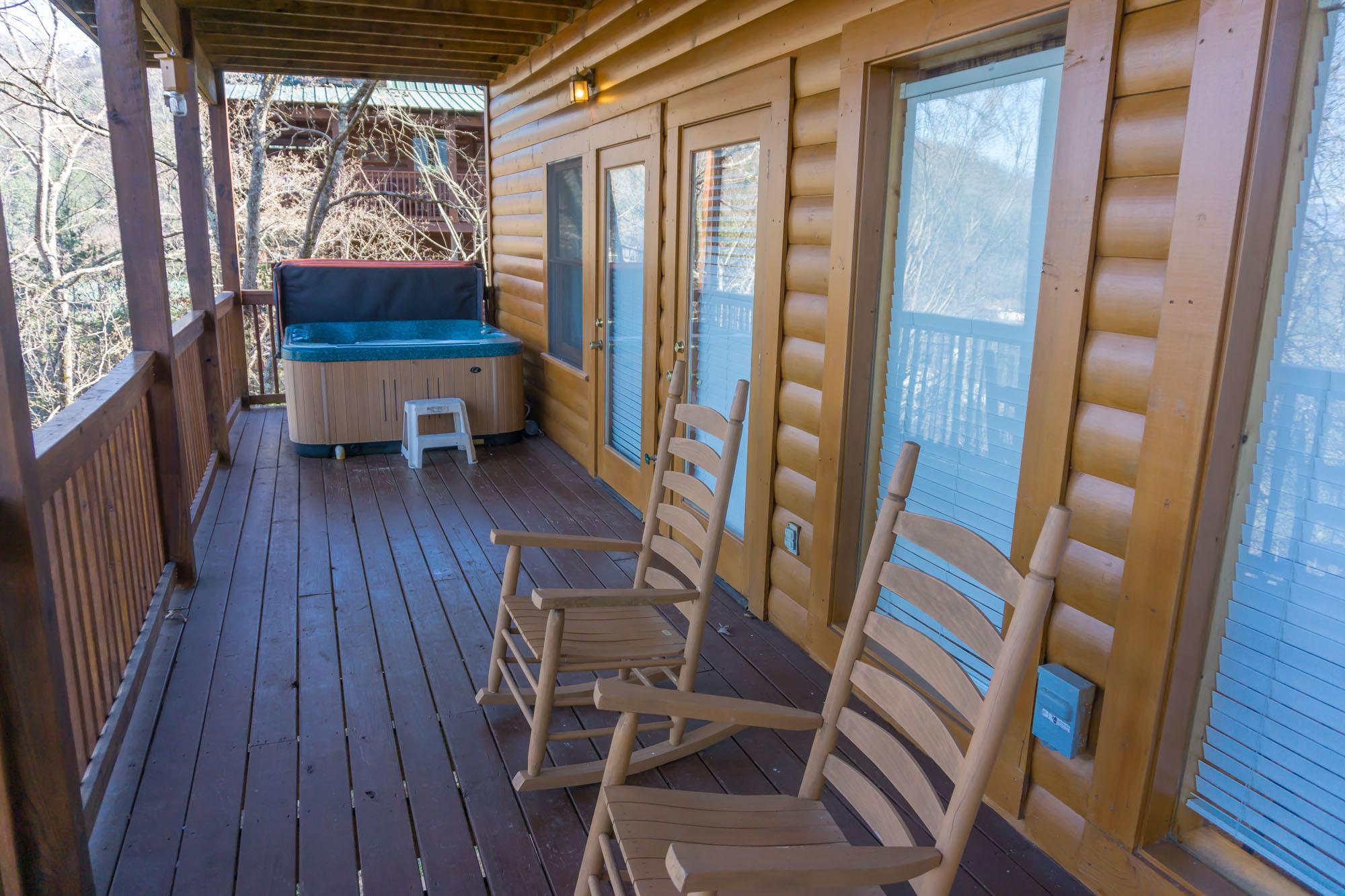 Lower level deck w/ hot tub
